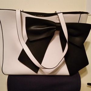 SOLD Karl Lagerfeld white with signature black bow